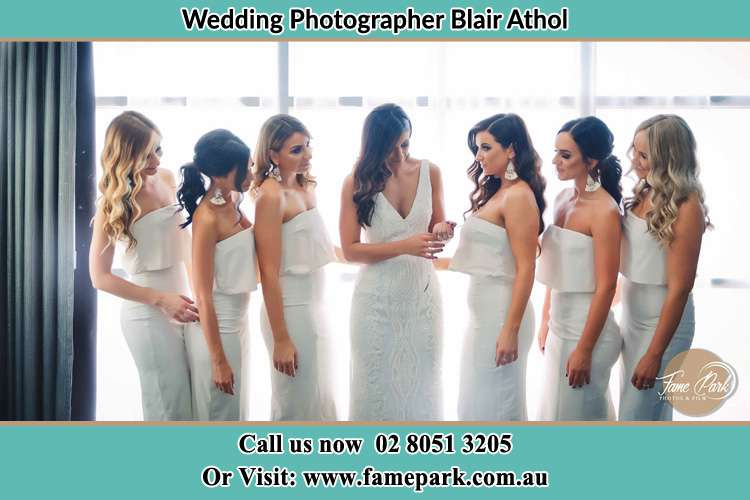 Photo of the Bride and the bridesmaids Blair Athol NSW 2560