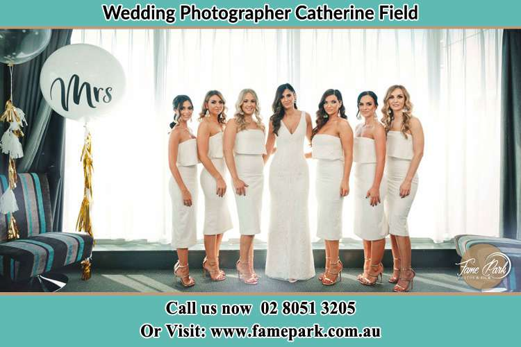 Photo of the Bride and the bridesmaids Catherine Field NSW 2557