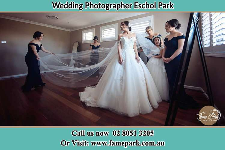 Photo of the Bride and the secondary sponsor preparing Eschol Park NSW 2558