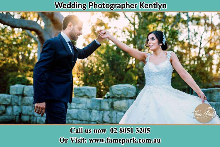 Photo of the Groom and the Bride dancing Kentlyn NSW 2560